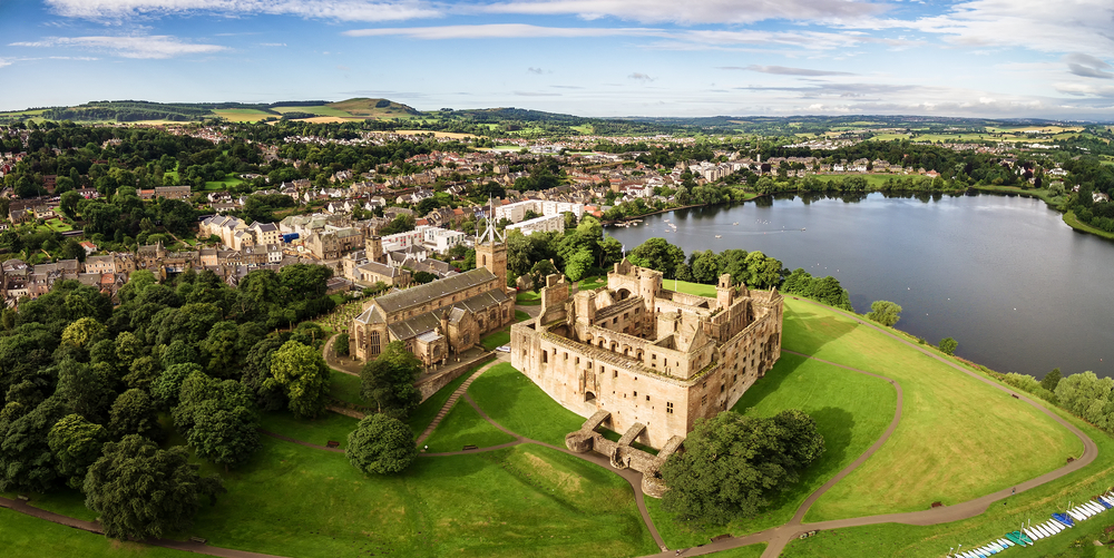 Linlithgow Palace and St. Michael's church. Linlithgow, West Lothian, Scotland.