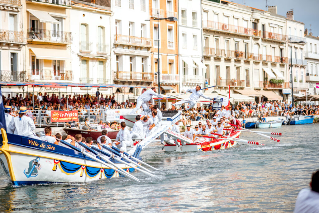 Water jousting competition which lasted in Sete on the south of France.