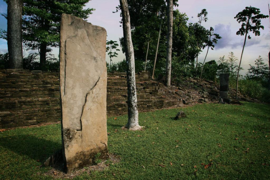Stone pillar at the Nim Li Punit Ruins