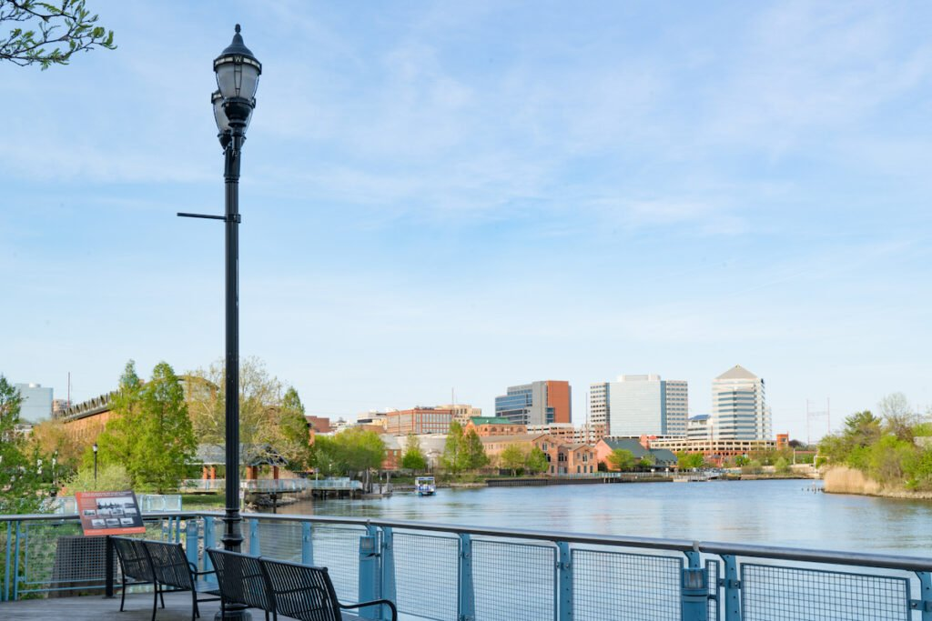 Wilmington, Delaware shore and skyline