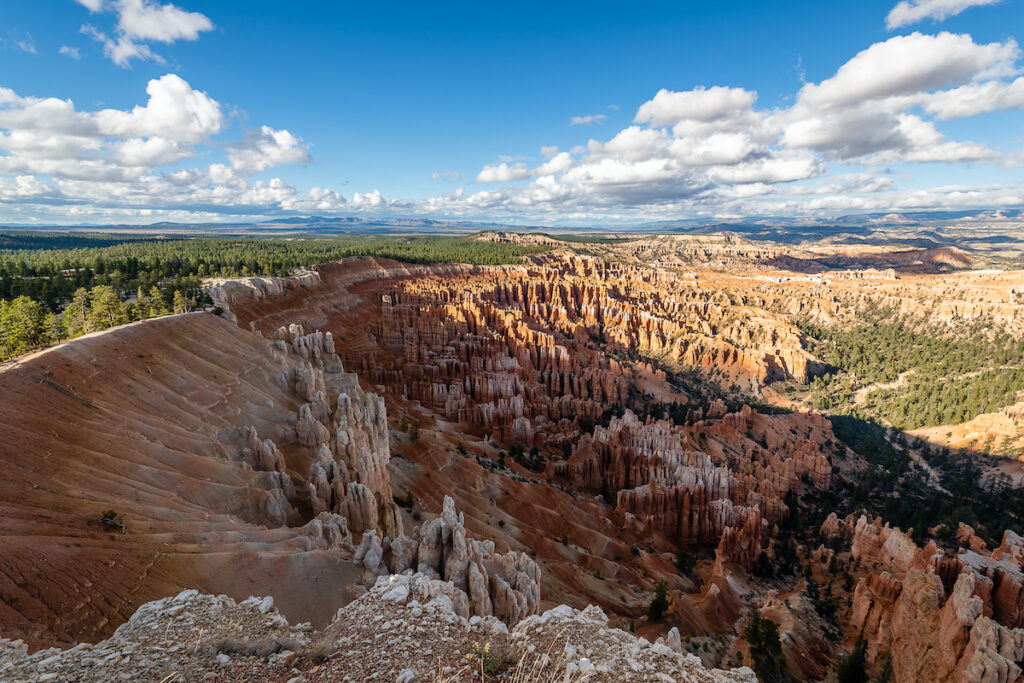 The spectacular landscape of Bryce Canyon National Park in Utah.