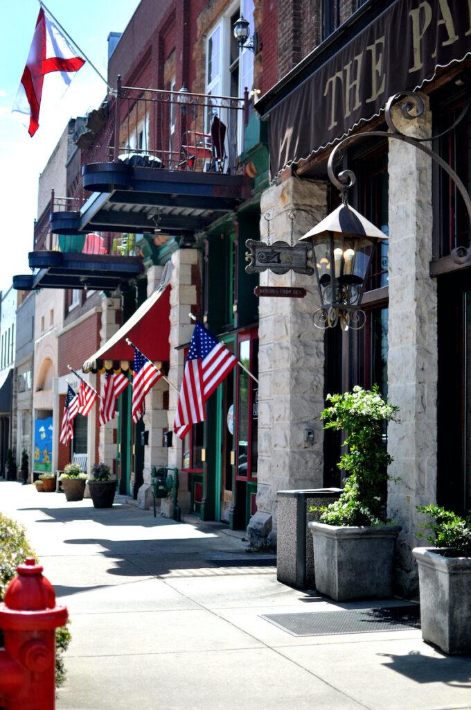 Street scene in Tuscumbia, Alabama.