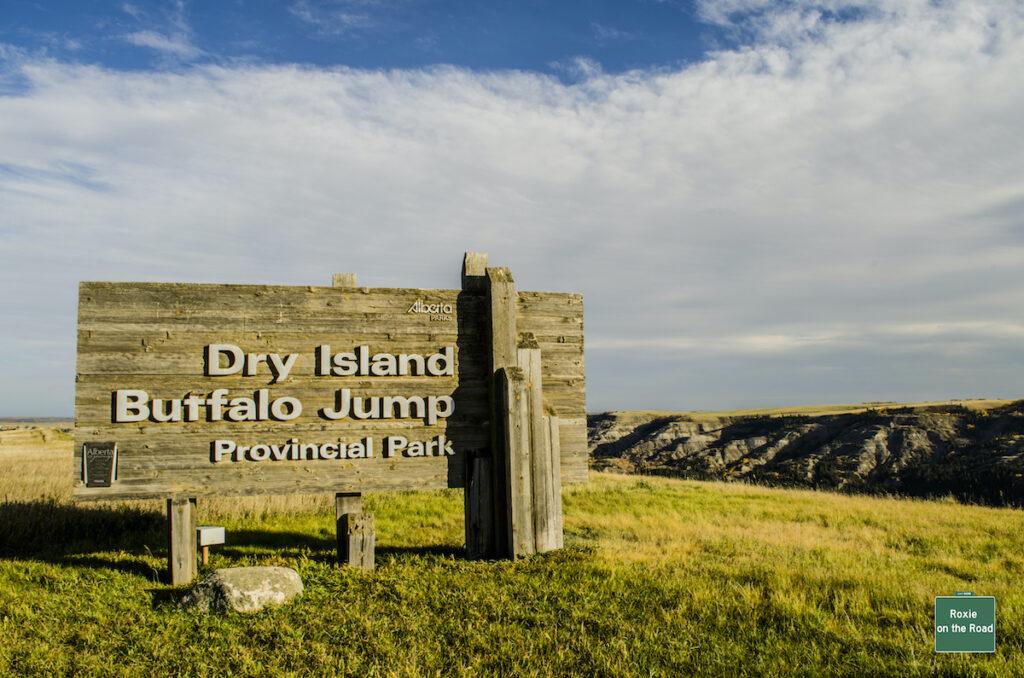 Dry Island Buffalo Jump Provincial Park sign and entrance.
