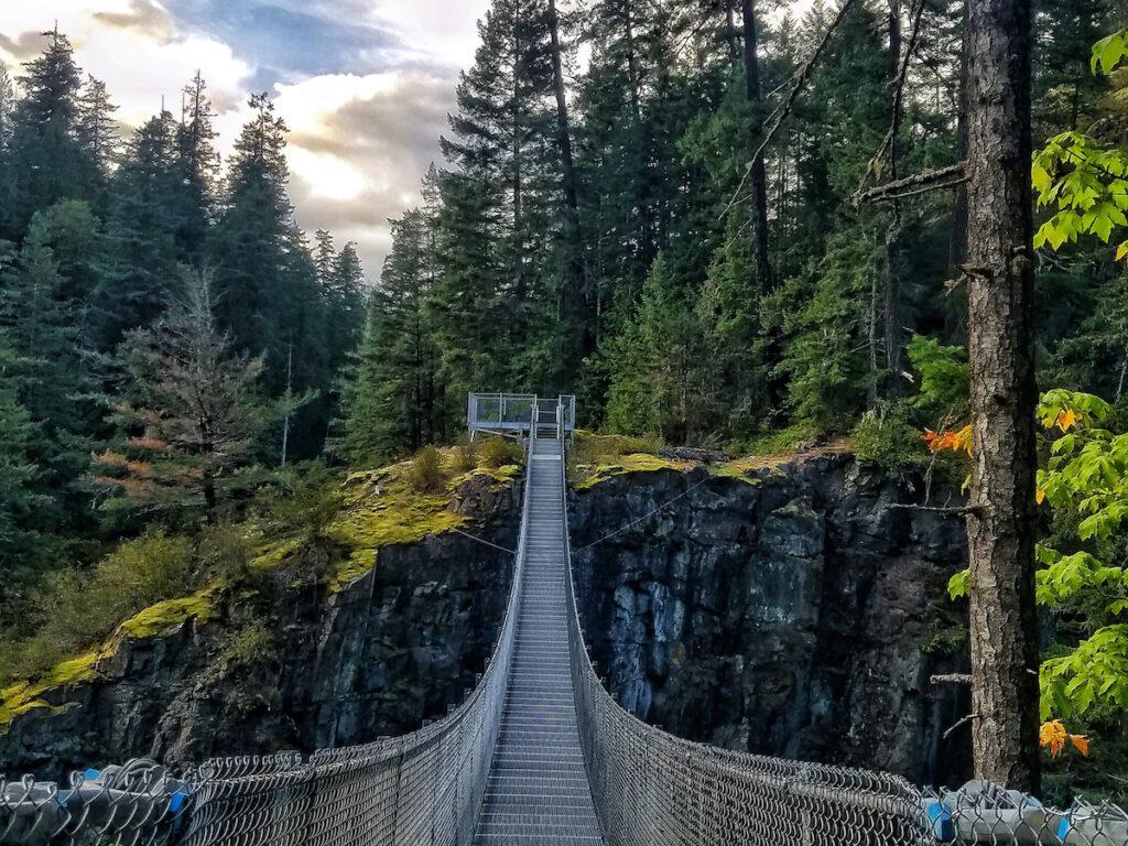 the Elk Falls suspension bridge;  Campbell River, British Columbia