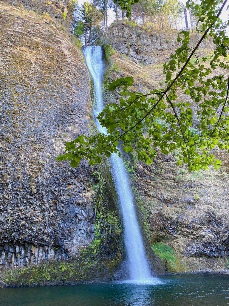 Horsetail Falls; Columbia River Gorge, Oregon