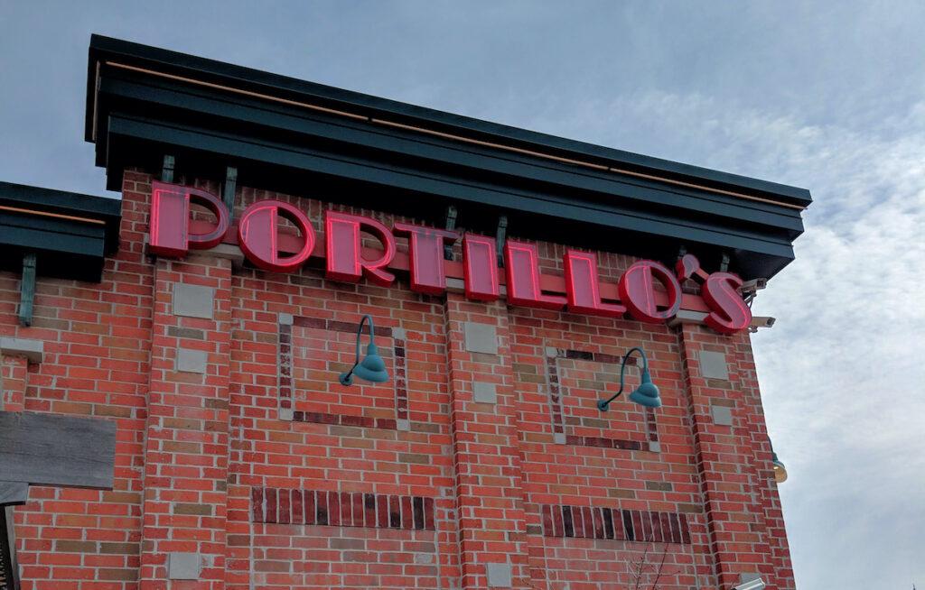 A location of Portillo's Hot Dogs in Chicago, Illinois