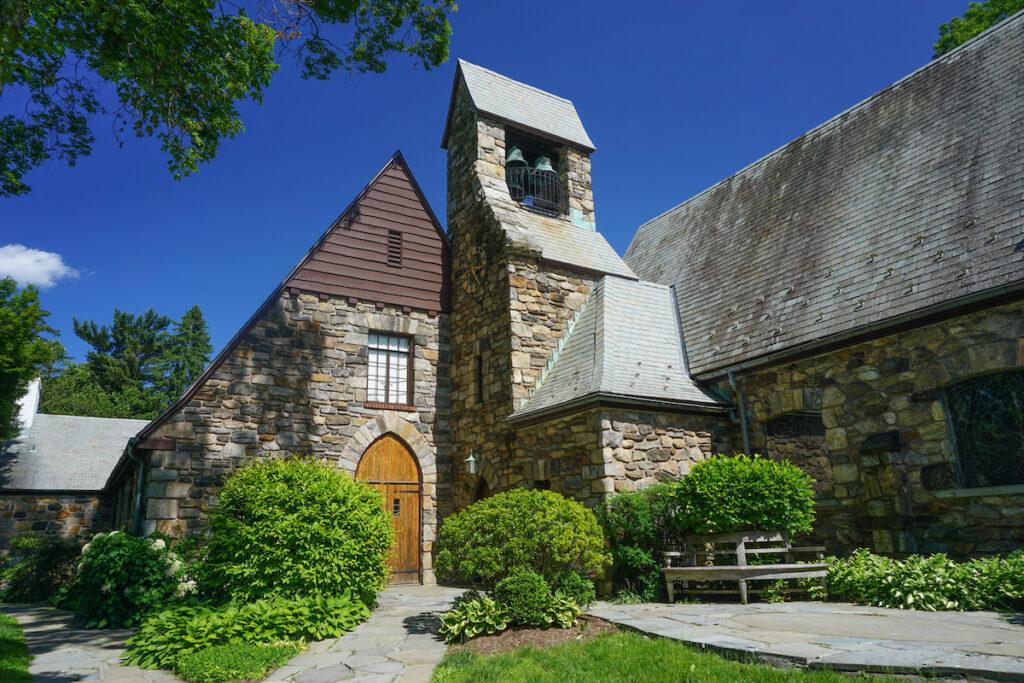 Pocantico Hills Union Church, Tarrytown, New York.