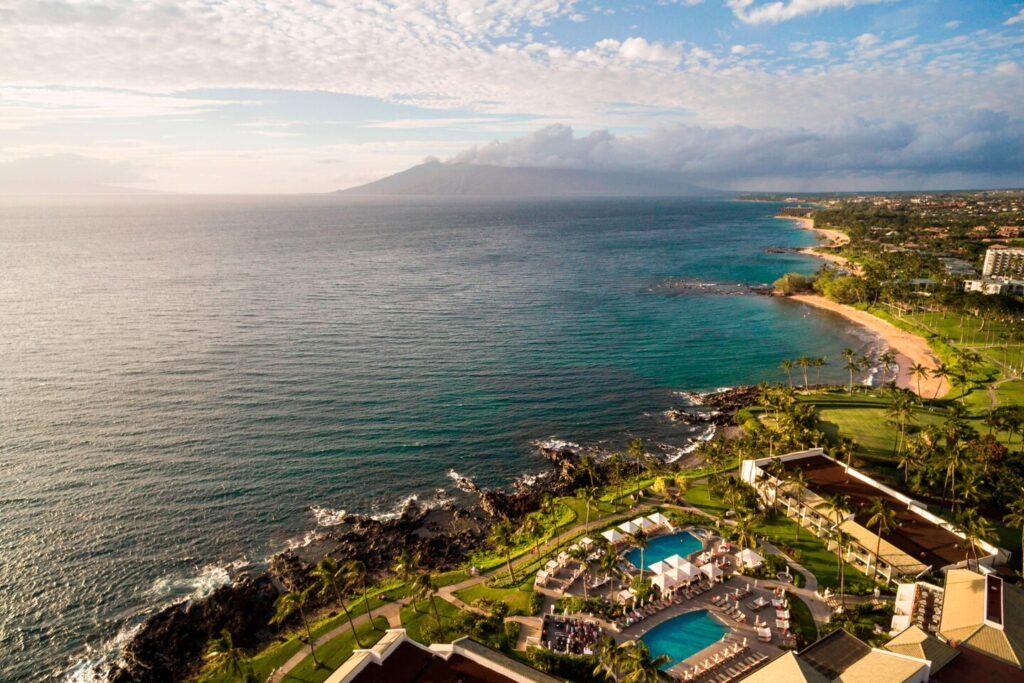 Ariel view of waterfront Wailea Beach Resort - Marriott in Maui, Hawaii
