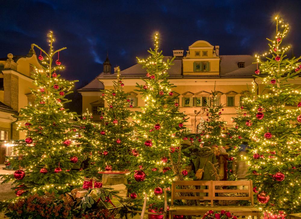 Christmas Market, Christkindlmarkt Hellbrunn Palace, Hellbrunn Advent Magic, Salzburg, Austria, Europe, 18. December 2017